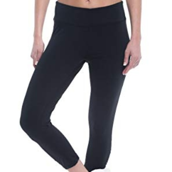 048f39e89b4fe Gaiam Pants | Womens Capri Yoga Performance Spand | Poshmark
